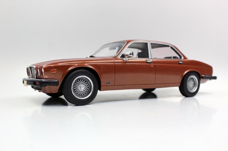 【予約】8月以降発売予定JAGUARジャガー XJ6 1982 bronze /LS Collectibles 1/18 ミニカー