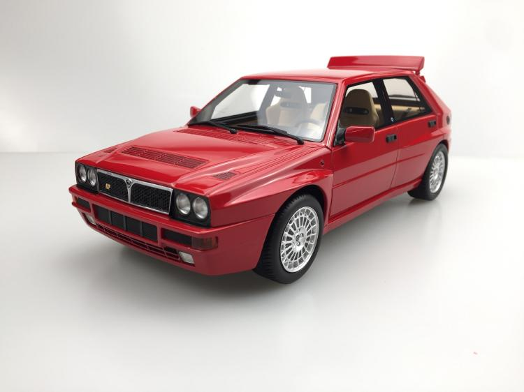 【予約】1月以降発売予定Lancia Delta Integrale Evolution II レッド /LS COLLECTIBLES 1/18 レジンミニカー