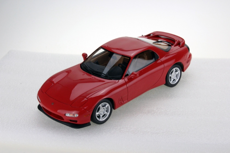 【予約】11月以降発売予定MAZDA RX-7 1994 レッド /Ls Collectibles 1/18 ミニカー