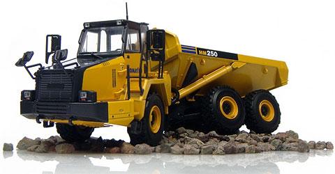 Komatsuコマツ HM250 Articulated ダンプトラック UniversalHobbiesユニバーサルホビー 建設機械模型 工事車両 1/50 ミニチュア