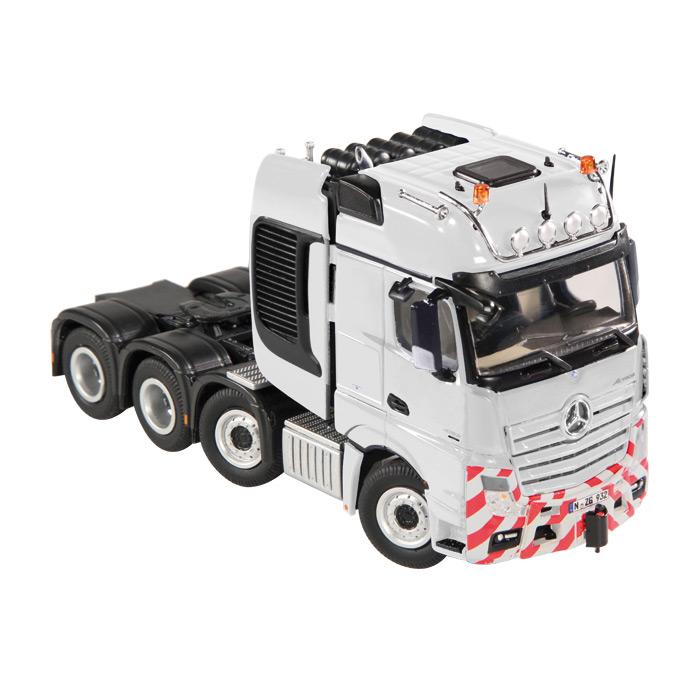 【予約】MB Actrosメルセデスベンツアクトロス Giga Space SLT ホワイト トラック トラクタヘッド /NZG 建設機械模型 工事車両 1/50 ミニチュア
