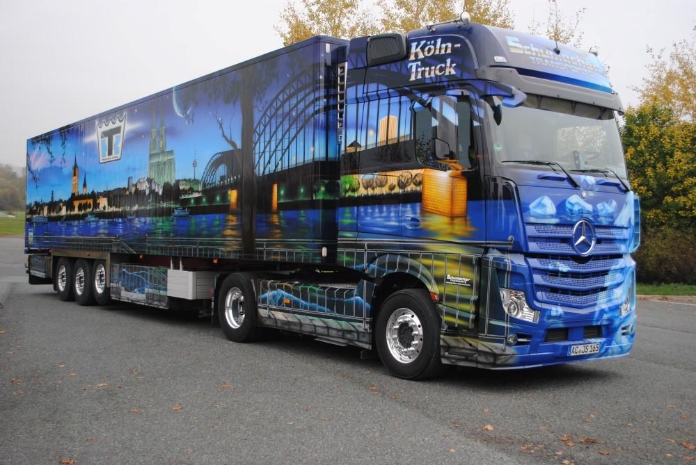【予約】2017年6-8月以降発売予定Schumacher K?ln Truck メルセデスベンツアクトロス Gigaspace リーファートレーラー  Teknoテクノ 建設機械模型 工事車両 1/50 ミニチュア