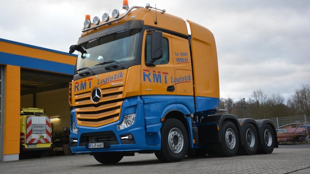 【予約】2017年6-8月以降発売予定RMT /Regel Gruppe Kassel メルセデスベンツアクトロス Gigaspace with lowloader 3+5 トラック Teknoテクノ 建設機械模型 工事車両 1/50 ミニチュア