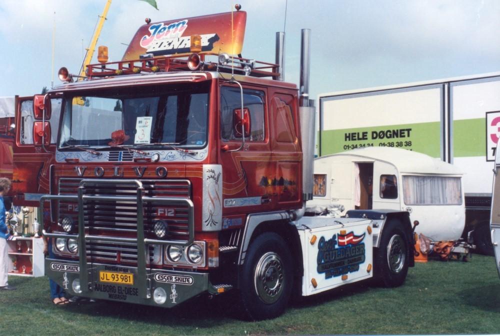 【予約】2017年10-12月以降発売予定Guldager Volvo F12 トラック トラクタヘッド Teknoテクノ 建設機械模型 工事車両 1/50 ミニチュア