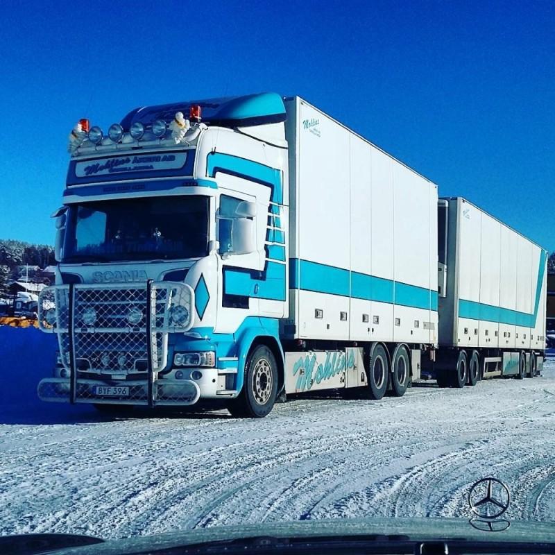 【予約】2017年8-10月以降発売予定Mohlins Scaniaスカニア R-Streamline Topline rigid truck with リーファートレーラー Teknoテクノ 建設機械模型 工事車両 1/50 ミニチュア