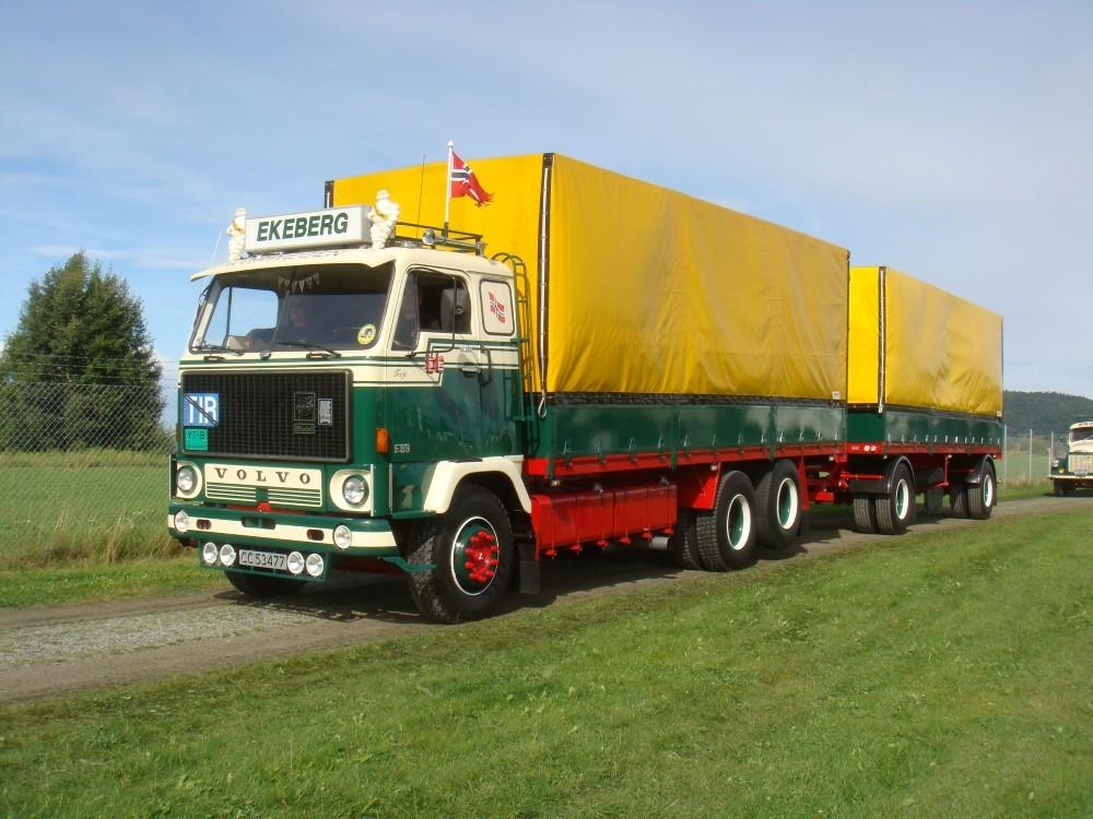 【予約】2017年8-10月以降発売予定Ekeberg Volvo F89 rigid truck トラック Teknoテクノ 建設機械模型 工事車両 1/50 ミニチュア