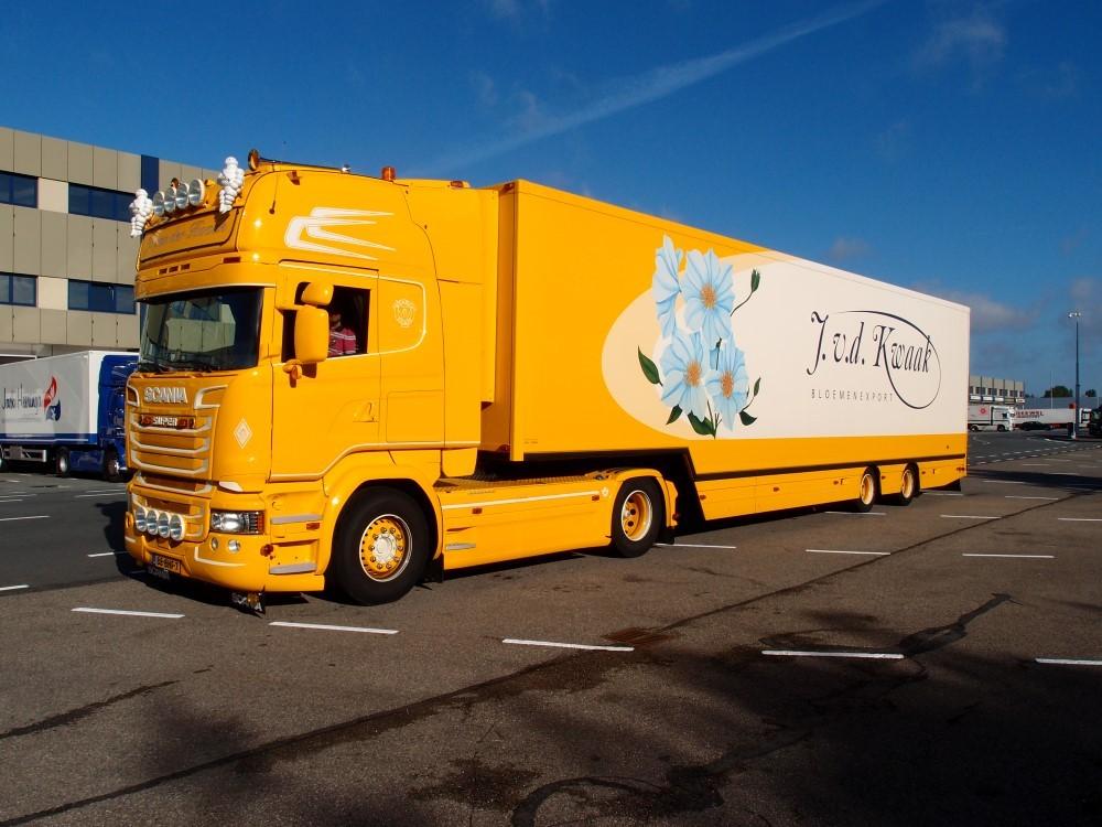 【予約】2017年10-12月以降発売予定Kwaak, Jan van der Scaniaスカニア R-Streamline with Goosneck リーファートレーラー トラック Teknoテクノ 建設機械模型 工事車両 1/50 ミニチュア
