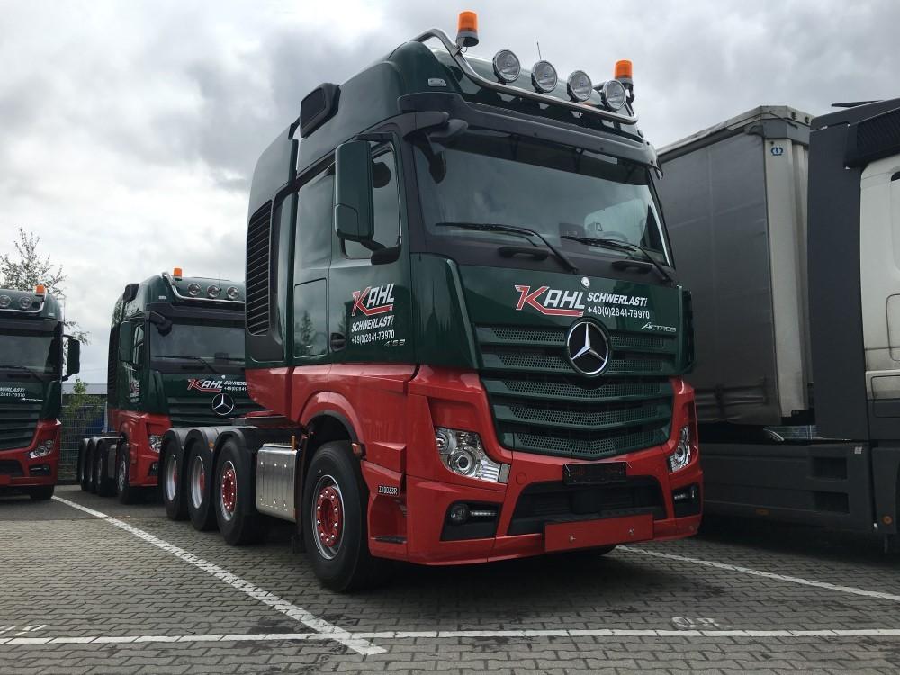 【予約】2017年10-12月以降発売予定Kahl メルセデスベンツアクトロス Gigaspace SLT トラック トラクタヘッド Teknoテクノ 建設機械模型 工事車両 1/50 ミニチュア