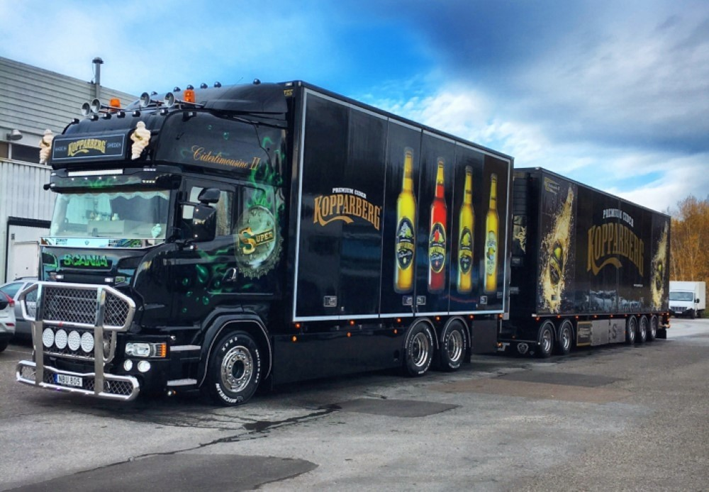 【予約】4-6月以降発売予定Kopparbergs Scaniaスカニア Topline rigid truck with 5 axle Swedish trailerトラック 建設機械模型 工事車両 TEKNO 1/50 ミニチュア