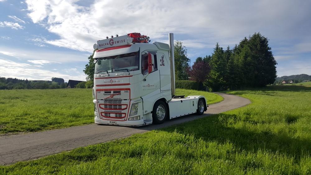 【予約】2017年10-12月以降発売予定Kubler, Fabian Volvo FH04 4x2 トラック トラクタヘッド Teknoテクノ 建設機械模型 工事車両 1/50 ミニチュア