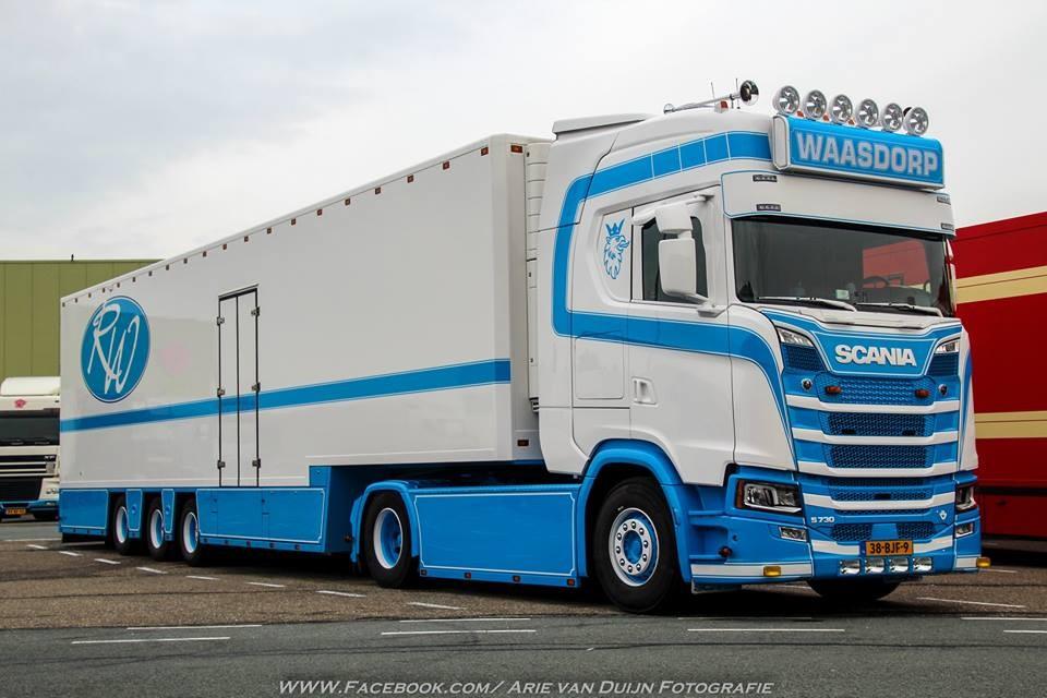 【予約】4-6月以降発売予定Waasdorp Scaniaスカニア S730 with Goosneck リーファートレーラートラック 建設機械模型 工事車両 TEKNO 1/50 ミニチュア