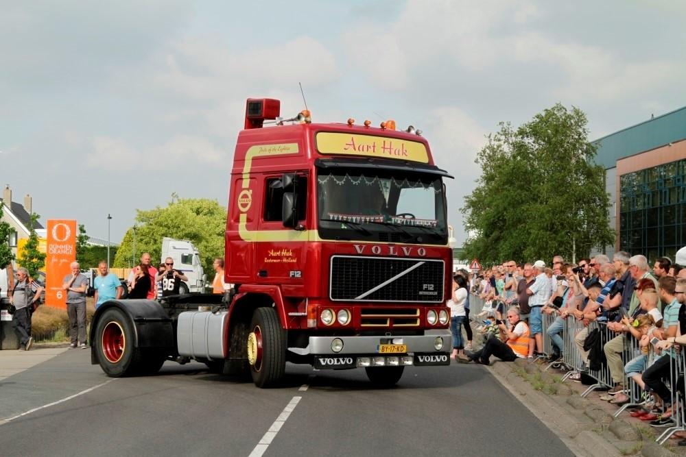 ミニチュア 建設機械模型 F12 工事車両 1/50 4x2トラクタ Volvo Aart TEKNO 【予約】4-6月以降発売予定Hak,