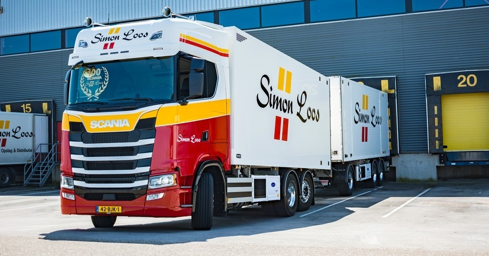 【予約】4-6月以降発売予定Loos, Simon Scaniaスカニア S-serie Highline rigid truck with trailerトラック 建設機械模型 工事車両 TEKNO 1/50 ミニチュア