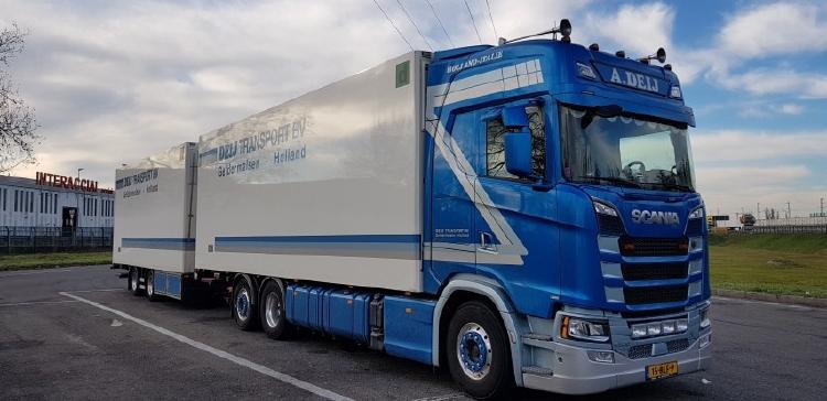 【予約】10-12月以降発売予定Deij Scania S-serie Highline rigid truck with trailerトラック/建設機械模型 工事車両 Tekno 1/50 ミニチュア