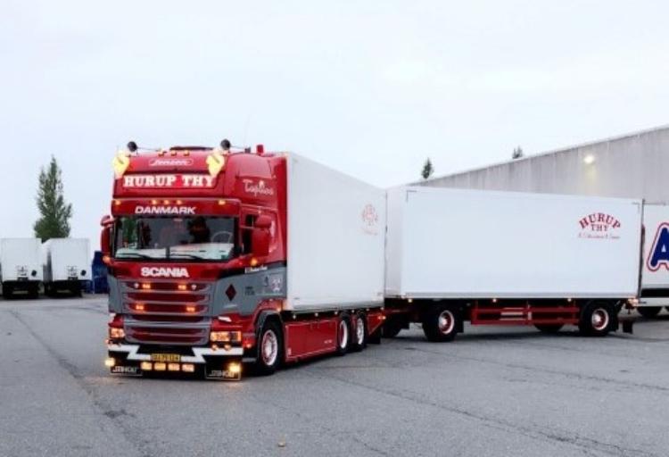 【予約】10-12月以降発売予定Christensen, NC - Hurup THY Scania R-serie Topline rigid truckトラック/建設機械模型 工事車両 Tekno 1/50 ミニチュア
