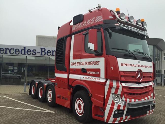 【予約】4-6月以降発売予定Skaks Specialtransport Mercedesメルセデスベンツアクトロス SLT Giga Space 8x4 ノーテブーム Multi-PX 5軸 トラック トラクタヘッド /WSI 建設機械模型 工事車両 1/50 ミニチュア