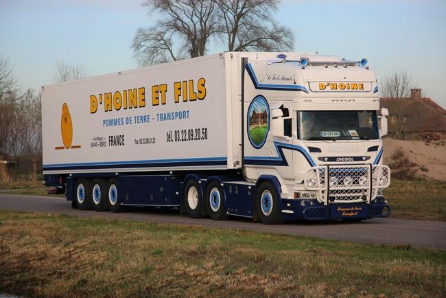 【予約】4-6月以降発売予定D'Hoine SCANIAスカニア R Streamline Topline リーファートレーラー Carrier 3軸 トラック /WSI 建設機械模型 工事車両 1/50 ミニチュア