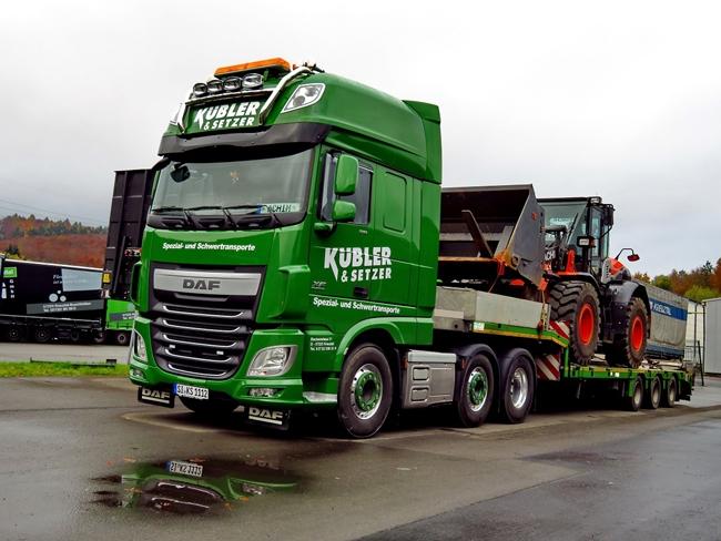 【予約】4-6月以降発売予定K?bler & Setzer DAF XF SSC Broshuis 底床セミ トラック /WSI 建設機械模型 工事車両 1/50 ミニチュア
