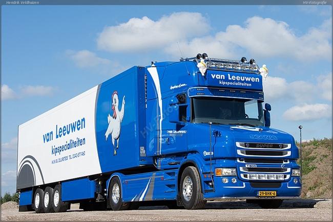 【予約】4-6月以降発売予定Van Leeuwen Scaniaスカニア T6 Torpedo Topline リーファートレーラー Carrier3軸トラック 建設機械模型 工事車両 WSI 1/50 ミニチュア