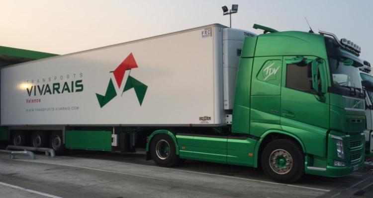 【予約】4-6月以降発売予定Vivarais VOLVO FH4 GLOBETROTTER 4x2 リーファートレーラー 3軸トラック/建設機械模型 工事車両 WSI 1/50 ミニチュア