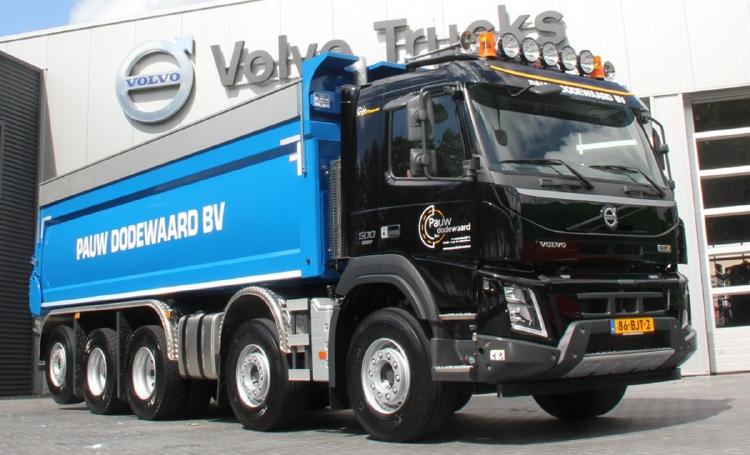 【予約】2019年6-8月以降発売予定Pauw b.v. VOLVO FMX DAY CAB 10X4 TIPPER TRUCK ダンプ/建設機械模型 工事車両 WSI 1/50 ミニチュア