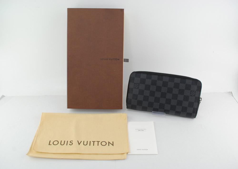 【中古】LOUIS VUITTON(ルイ・ヴィトン) ダミエ グラフィット ジッピーオーガナイザー ラウンドファスナー N63077 グラフィット 04r0113