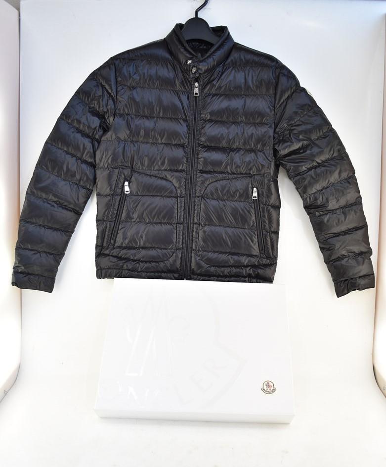 【中古】MONCLER モンクレール 2019年新作 ダウンジャケット ACORUS ブラック 04r0818