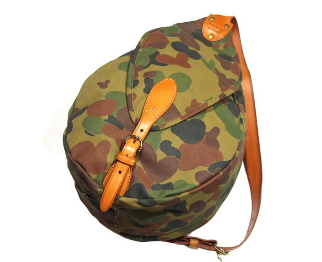 MARK HONORE(マーク・オノレ)/ CANVAS x LEATHER SWAGGY BAG(スワギーバッグ)/camo