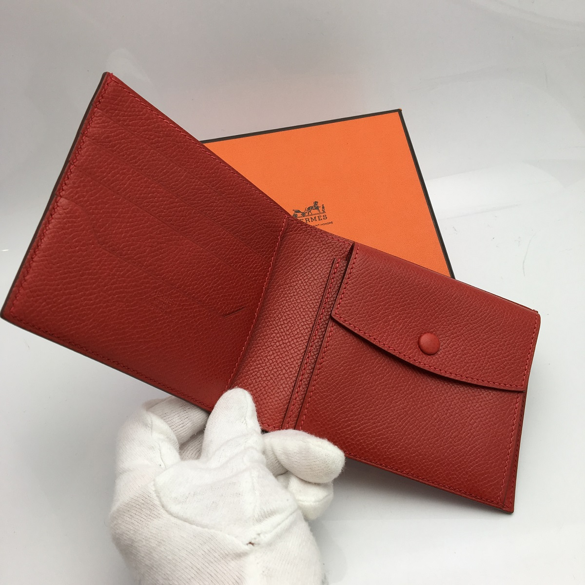 e30dc0ff36fd ブランド名: エルメス商品名: ガリレイ 二つ折財布商品ランク: 新品同様品素材: エプソンカラー: レッド刻印: I刻印サイズ:  約W11cm×H9.5cm×D1.5cm