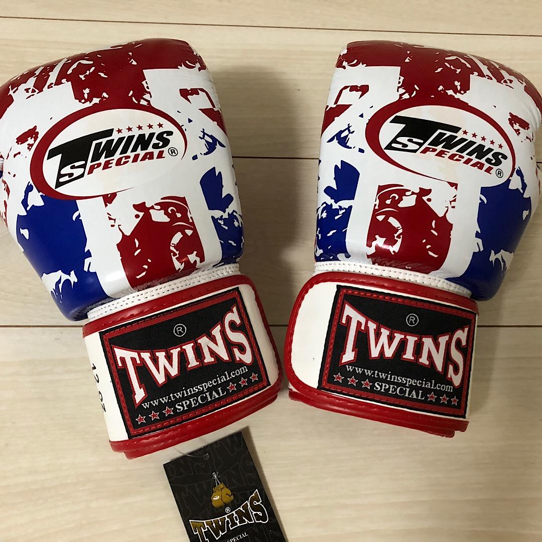 TWINS ムエタイ キックボクシング ボクシンググローブ ホワイト レッド ブルー グローブ 12oz 12オンス