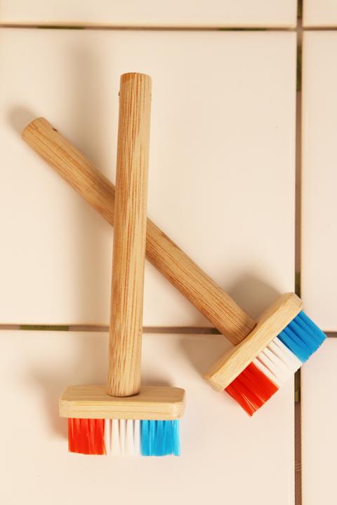 竹を使ったナチュラル素材のお掃除用の小さなデッキブラシ プチデッキブラシ お掃除用 2Pセット 即日出荷 驚きの価格が実現