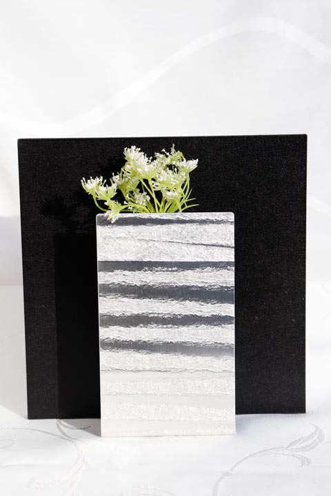 素材をより美しくみせるフレーム アルミの可能性 アートフレーム 積 39送料無料アートフレーム 正方形 フラワーベース 正規品 限定品 一輪挿し