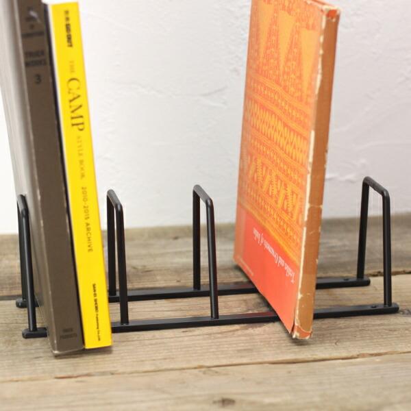 取付可 固定可 ネジ穴付き 大幅値下げランキング 卓上 超歓迎された おしゃれな DIY ブックスタンド ゴールド 本立て S アイアン ブラック