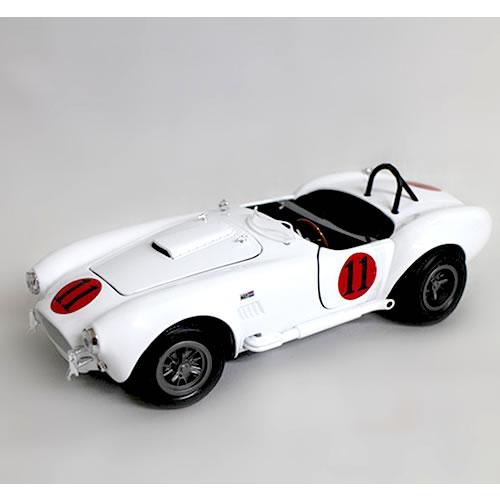 1965 SHELBY COBRA 427 S/C Elvis Presley White 1/18 Auto World 12871円【シェルビー コブラ アメ車 オート ワールド ダイキャストカー エルビス プレスリー ミニカー】【コンビニ受取対応商品】