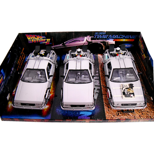 Delorean TIME MACHINE Back To The Future Trilogy Pack 1/24 Welly 9259円【 バック トゥ ザ フューチャー ミニカー セット デロリアン タイムマシーン ウィリー ダイキャストカー トリロジー 三部作 】【150707】【コンビニ受取対応商品】