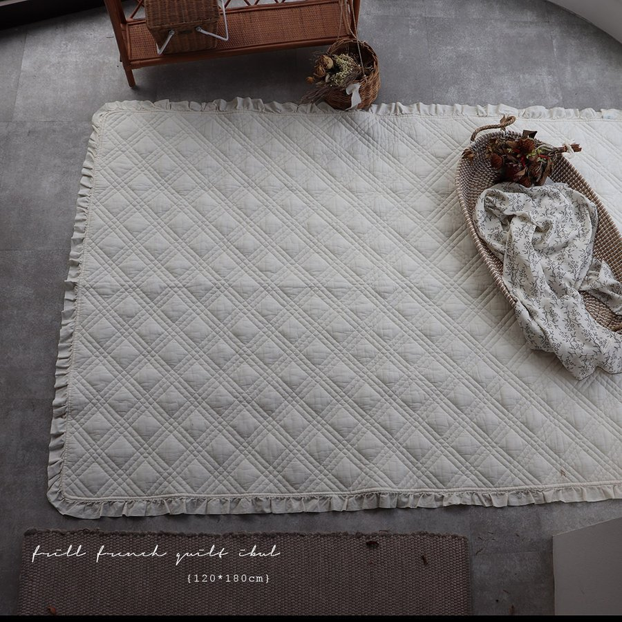 TRICKHOLICオリジナルイブル 人気 new frill french quilt ibul 中綿プラス トリックホリック TRICK 2色 約120×180cm HOLIC 驚きの値段で 韓国製