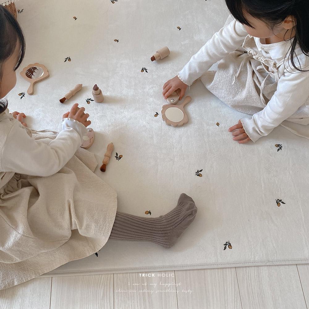 ホットカーペット床暖可能 TRICKHOLIC Lemon square 優先配送 再販ご予約限定送料無料 rug TRICK 約100×140cm HOLIC トリックホリック