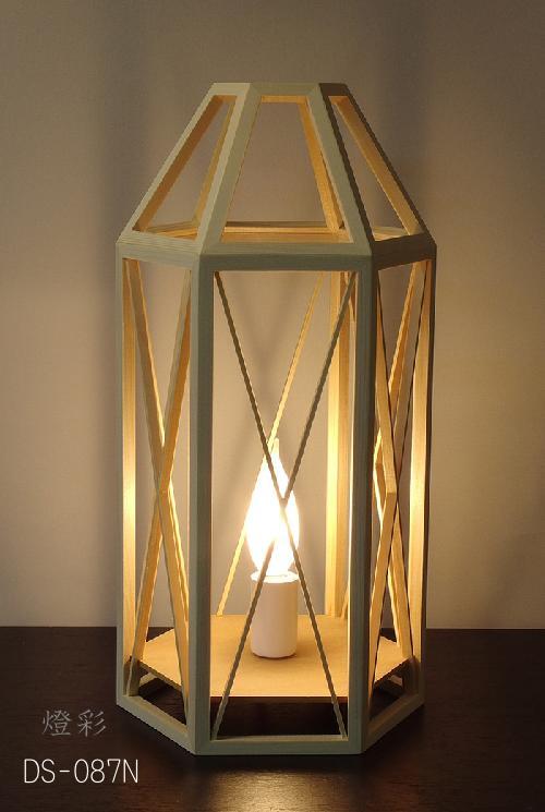 Flames フレイムス フレイムスウッドランタン ナチュラル テーブルライト スタンドライト 和室 洋室 和洋折衷 和風 照明 木 白木 ランタン おしゃれ かわいい きれい DS-087