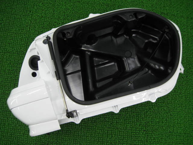 ホンダ 純正 バイク 部品 GL1800 リアトランク 右 白 MCA SC47 パニアケース キレイ 車検 Genuine 【中古】