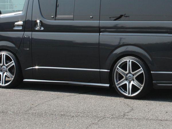200系ハイエース TPDサイドステップ塗装済5ドア(両側スライドドア)用ナローボディ