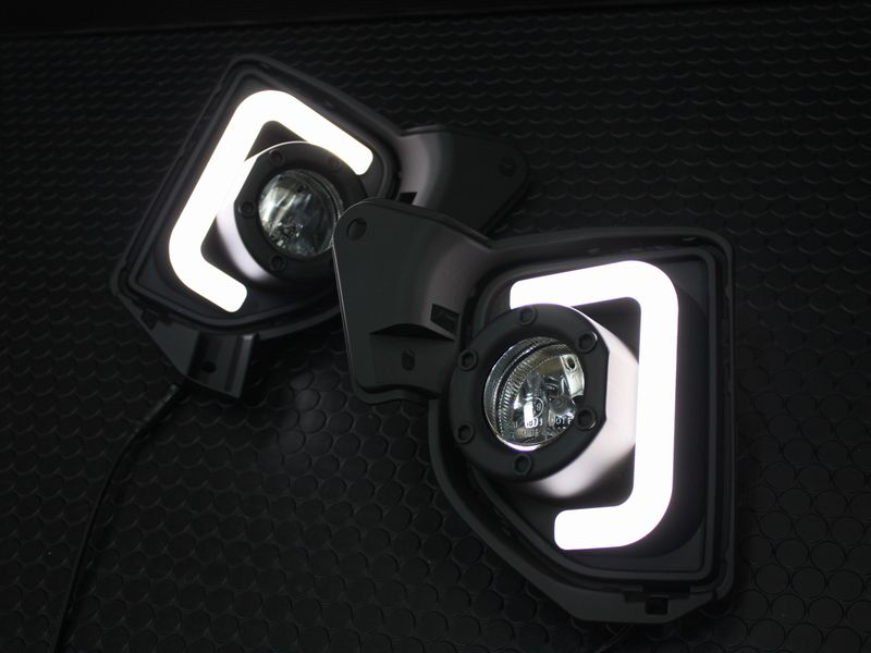 200系ハイエース 4型 LEDBAR デイライトフォグランプ