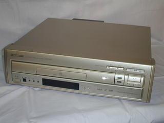 パイオニア LD/CDコンパチブルレーザーディスクプレーヤーCLD-R6R 元箱付き 【】