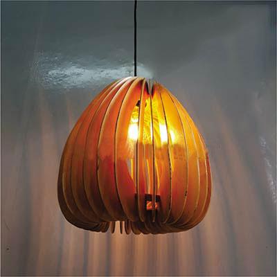 アジアン照明 おしゃれなデザインの照明器具木製シェード付き ペンダントライト 吊下げ 天井照明 リビング・ダイニング向けT-BLAND D396