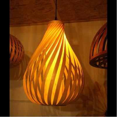 アジアン照明 おしゃれなデザインの照明器具木製シェード付き ペンダントライト 吊下げ 天井照明 リビング・ダイニング向けT-BLAND D929