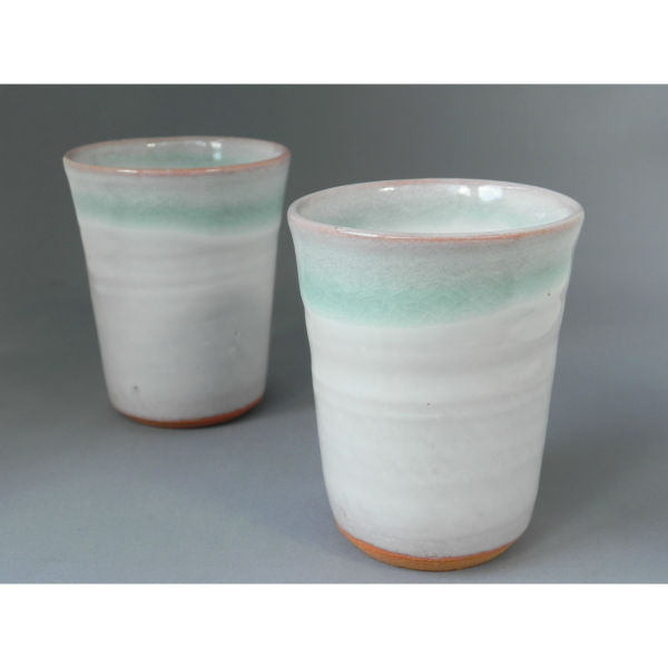 予約販売品 藁 わら 灰釉のシンプルなデザインのブルー×ホワイトのフリーカップ ギフト包装も承ります 評判 萩焼 フリーカップ ブルー×ホワイト 湯呑み