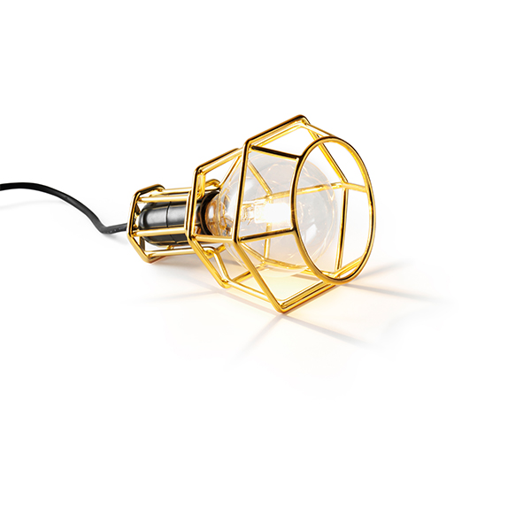 Work Lamp Designed by Form Us With Loveワークランプ カラー:ゴールドペンダントランプ フロアランプ ブラケット 北欧 デザインハウスストックホルム リフォーム リノベーション