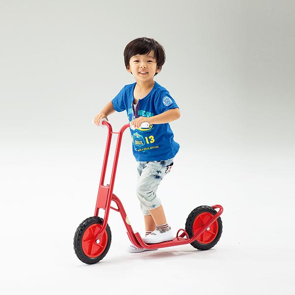 子供用 乗物遊具 遊びながらバランス感覚や脚力が養える 二輪スクーター 送料無料