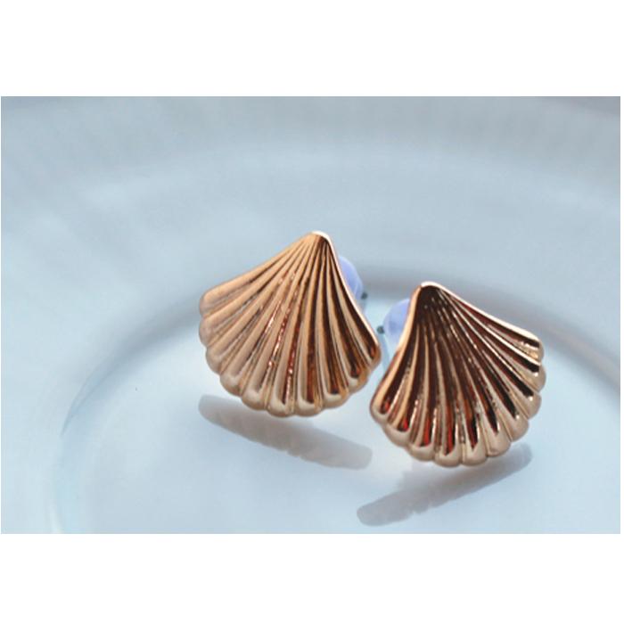 貝がら/ピアス/シェル/海/水着/上品かわいい/大人/夏/貝殻
