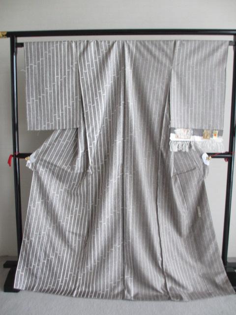 通産大臣指定 伝統工芸品   まぼろしの紬 竹節柄 牛首紬 訪問着 展示品  絹100% 未仕立て品 送料無料
