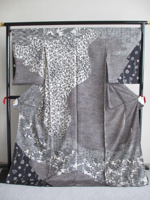 江戸紅型 五味桂子 お洒落 訪問着 黒地 展示品 絹100% 送料無料